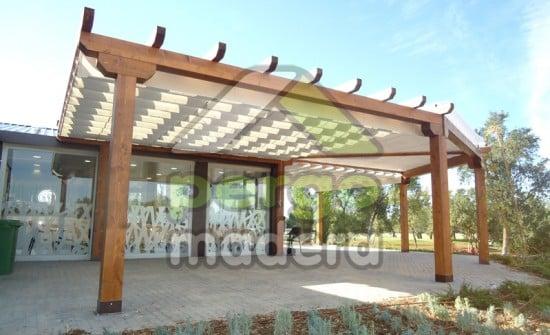 Campo de golf de la moraleja madrid casetas p rgolas y cerramiento en madera - Porches para coches ...