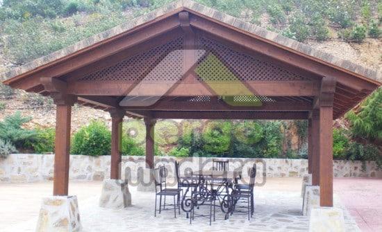 Cenador a 2 aguas con cubierta de teja cer mica en toledo - Cenadores de madera precios ...