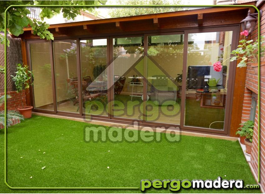 Porche acristalado en getafe blog porches y p rgolas de - Pergolas y porches de madera ...