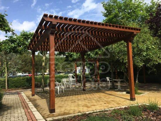 Blog pergomadera un espacio con ayuda para la - Construccion de pergolas de madera ...
