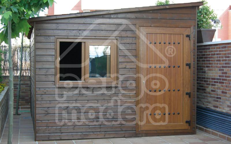 Casetas de madera a media
