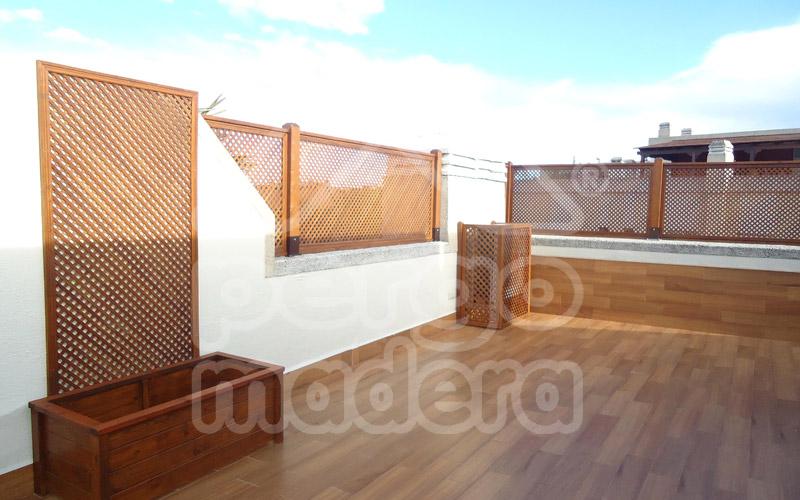 Celosias madrid celos as de madera para tico terraza y for Cerrar valla jardin