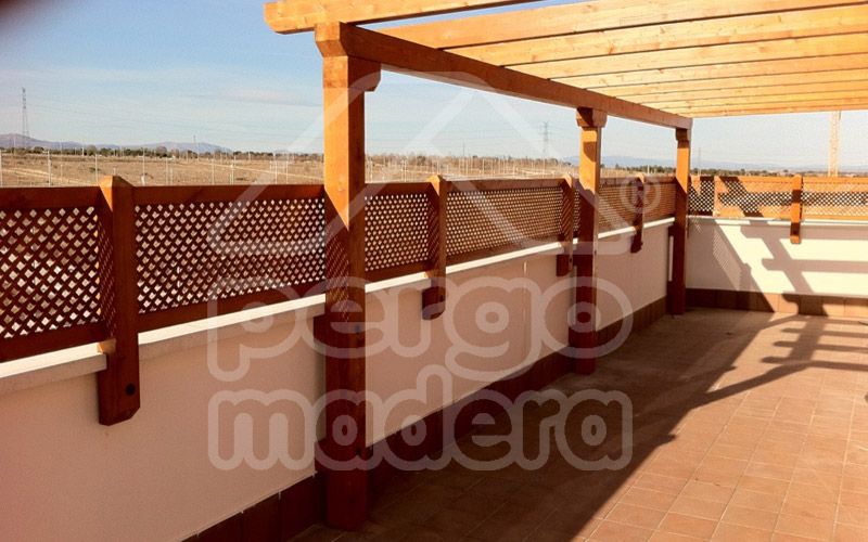 Celosias de madera madrid celos as para tico terraza y - Celosia de madera para jardin ...