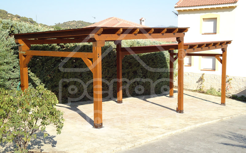 Garajes de madera madrid garaje de madera a medida - Fotos pergolas de madera ...