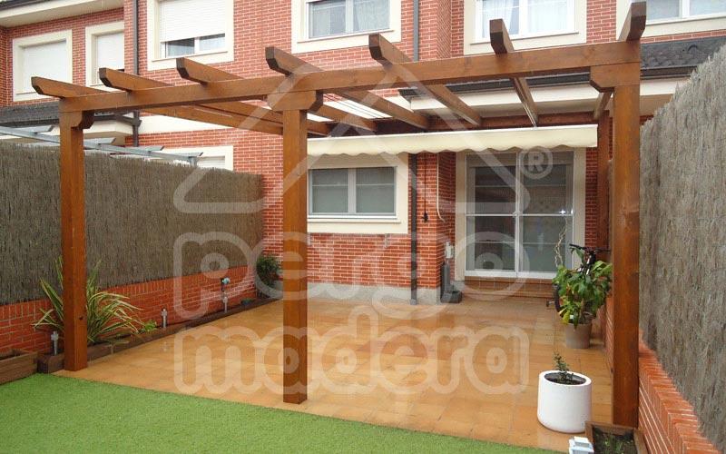 P rgolas r sticas o cl sicas de madera a medida pergomadera for Modelos de terrazas rusticas