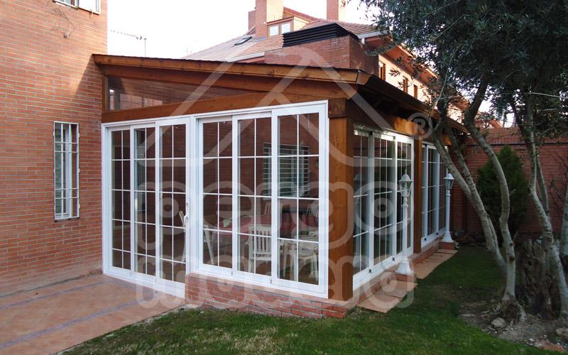 Cerramientos de porches acristalados cerramiento de - Terrazas de madera precios ...