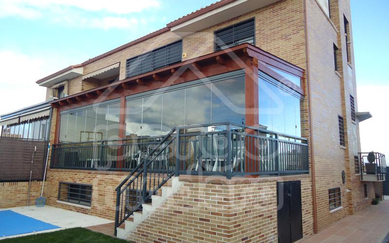 Cerramientos de porches acristalados cerramiento de - Cubiertas de aluminio para terrazas ...
