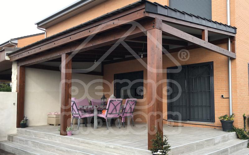 Porches de estilo moderno de madera - Pergolas y porches ...