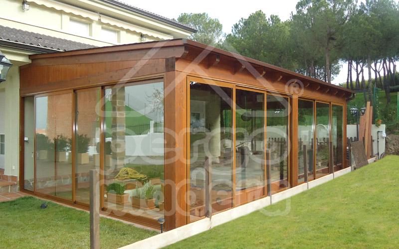 Instalaci n de tejas de t gola en porches con cubierta de - Porches de madera valencia ...