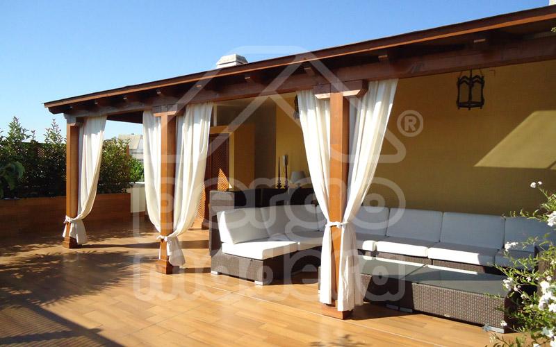Construcci n de porches de madera exteriorismo e - Porches de madera cerrados ...