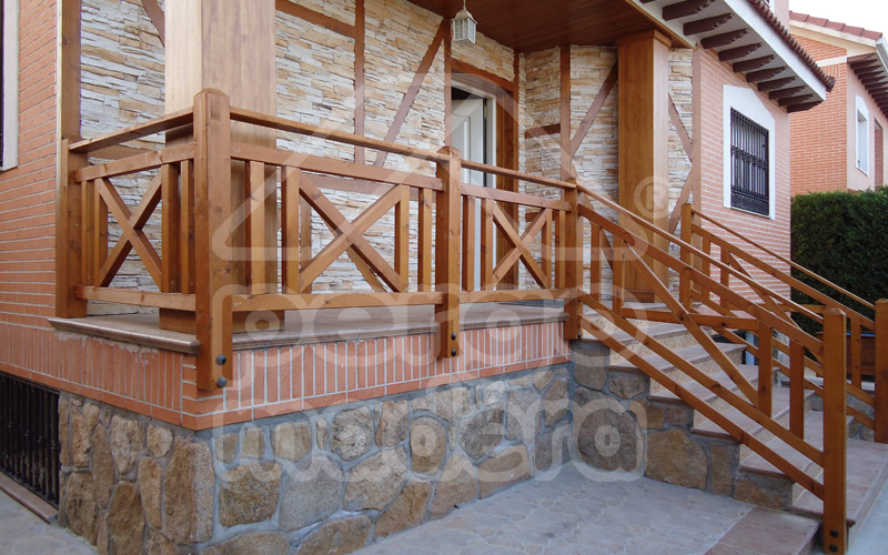 Vallas de madera barandillas de madera para jard n y piscina - Barandilla de madera exterior ...
