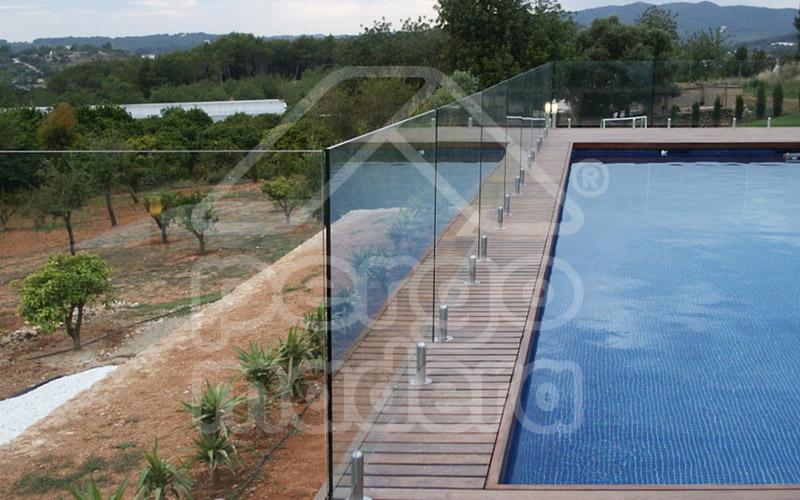 Vallas de madera madrid barandillas para jard n y piscina - Vallas de madera para piscinas ...