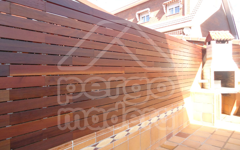 Vallas de madera madrid barandillas de madera para for Cenadores de madera para jardin
