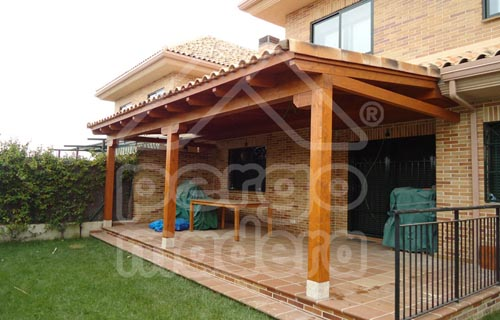 Pergolas baratas cenadores y porches de madera baratos for Porches de madera